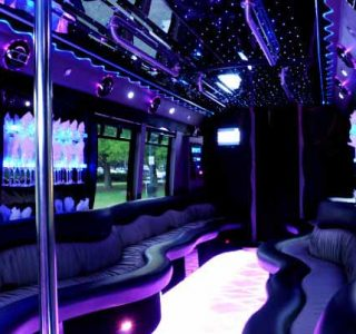 22 people Hollywood party bus