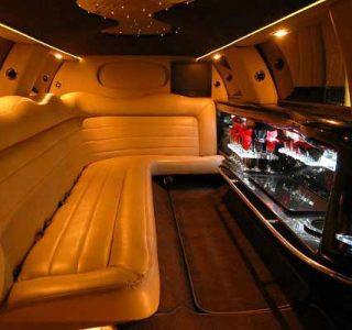 Lincoln limo rental Aventura