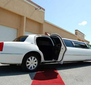 lincoln stretch limousine Kendall